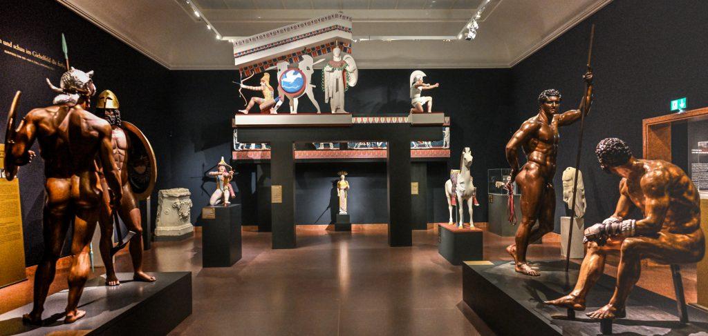 Ausstellung: Bunte Götter in Frankfurt