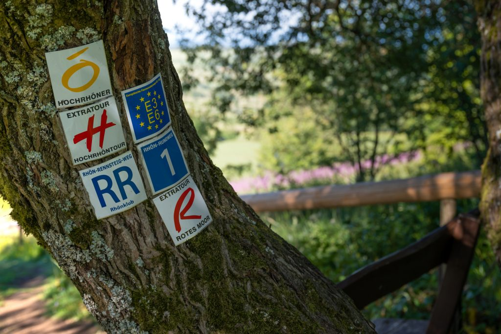 Etwa 6.000 Kilometer Wanderwege sind in der Rhön markiert